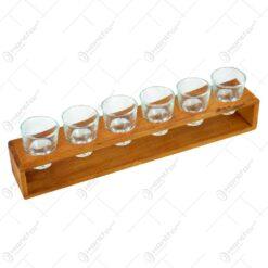 """Set 6 pahare tip """"shot"""" pe un suport realizat din lemn"""