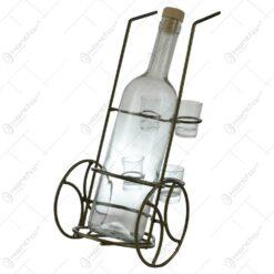 Set sticla cu 4 pahare cu suport din metal in forma de carucior
