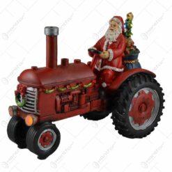 Decoratiune muzicala cu led pentru sarbatorile de iarna realizata din rasina - Mos Nicolae cu cadouri in tractor