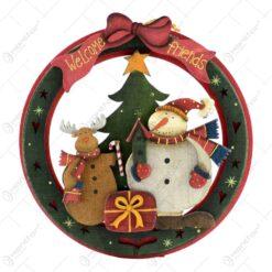 Decoratiune de Craciun pentru usa realizata din lemn -Welcome friends