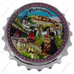 Manet de frigider realizat din metal. cu desfacator de sticle - Design Romania & Cladiri istorice - 2 modele