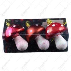 Set decoratiuni de Craciun realizate din sticla in forma de ciuperci - Rosu