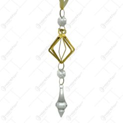 Decoratiune de Craciun realizata din metal cu cristale si agatatoare