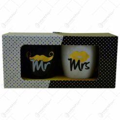 "Set 2 cani Barrel din ceramica in cutie decorativa - Design ""Mr""/""Mrs"""