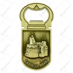 Magnet de frigider realizat din alama cu desfacator de sticle  - Design Castelul Bran (Tip 1)