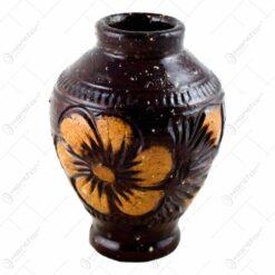 Vaza din ceramica lacuit. gravat si pictat cu motive florale (10 CM)