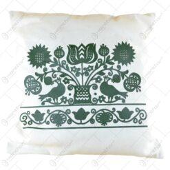 Huse decorative pentru perne brodate cu motive populare - 2 modele