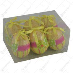 Set 6 oua decorative cu agatatoare pentru Pasti - Design cu dungi si dantela (Model 2)