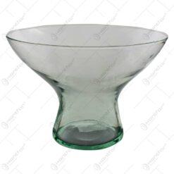 Vaza realizata din sticla (Model 1)