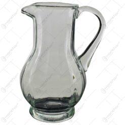 Cana pentru bautura realizata din sticla (Model 2)
