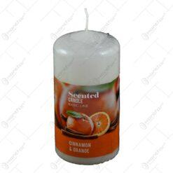 Lumanare parfumata realizata in forma clasica - Aroma de scortisoara si portocale - Alb (60 x 120 MM)