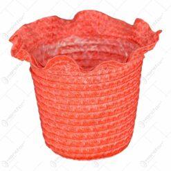 Ghiveci realizat din plastic cu captuseala - Roz