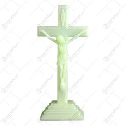 Crucifix realizat din material plastic fosforescent (15 cm)