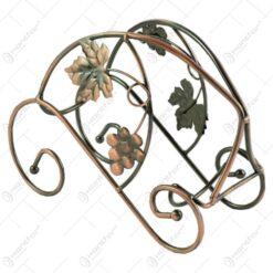 Suport realizat din metal pentru sticla de vin - Design cu struguri