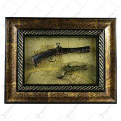 Tablou decorativ cu doua arme realizate din lemn si metal - Design Vintage (Tip 5)