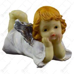 Figurina decorativa pentru Craciun realizata din ceramica - Ingeras cu aripi argintii - Diverse modele (Model 4)