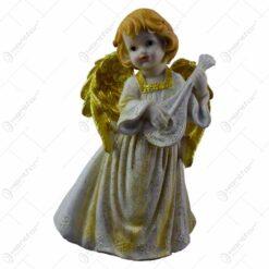 Figurina decorativa pentru Craciun realizata din ceramica - Ingeras cu aripi aurii - 2 modele (Model 5)