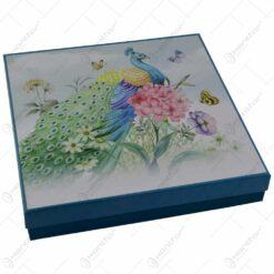 Platou realizat din ceramica cu 3 etaje in cutie cadou - Design cu paun