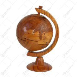 Puzzle realizat din lemn - Glob pamanetesc