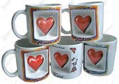 Cana ceramica cu decor in forma de inima in rama pictata