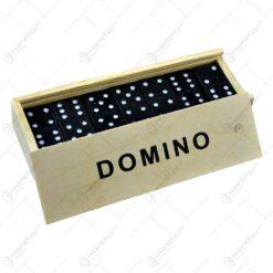 Set domino in cutie de lemn