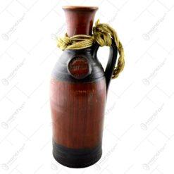 Sticla decorativa realizata din ceramica
