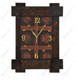 Ceas pentru perete realizat din lemn (Model 1)