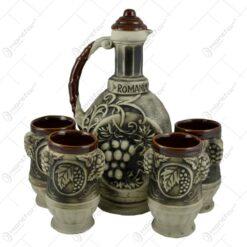 Set pentru servirea vinului realizat din ceramica - Design Traditional