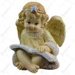 Figurina decorativa din rasina - Ingeras cu inima