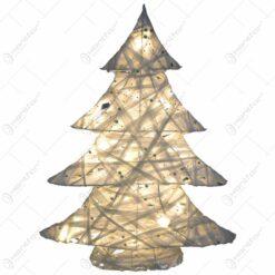 Decoratiune de craciun realizata din sarma si fire textile in forma de brad - Cu leduri