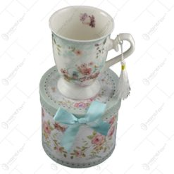 Cana ceramica in cutie cadou - Design Flori de primavara - Verde