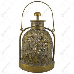 Candela cu maner realizata din metal auriu (Model 2)