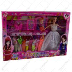 Set jucarie pentru fetite - Papusa cu rochii si accesorii