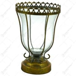 Pahar decorativ cu talpa realizata din metal si sticla - Design Vintage