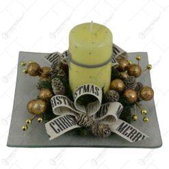 Platou advent cu lumanare decorat cu conuri de brad
