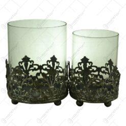 Set 2 candele realizate din metal si sticla - Design vintage