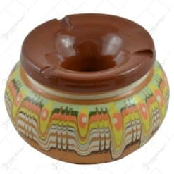 Scrumiera realizata din ceramica bulgareasca. pictata manual - Diferite modele