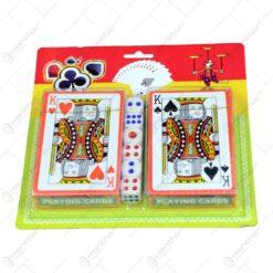 Set 2 carti de joc in cutie de carton cu 6 zaruri