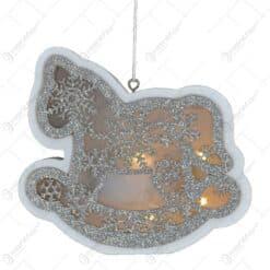 Decoratiune sezonirea cu LED realizata din lemn si material plastic - Design Calut tip balansoar (Cu agatatoare) (Tip 1)