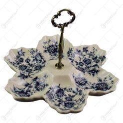 Platou compartimentat realizat din portelan - Design floral
