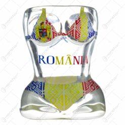 """Pahar tip shot in forma de corp de femeie - Design cu costum de baie tricolor si inscriptia """"Romania"""""""