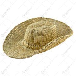 Palarie de cowboy realizat din papura