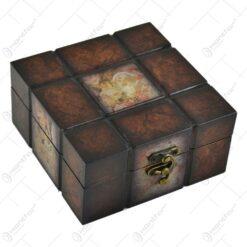 Cutie din lemn cu forme de cubulete
