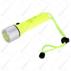 Lanterna cu LED din plastic cu baterii