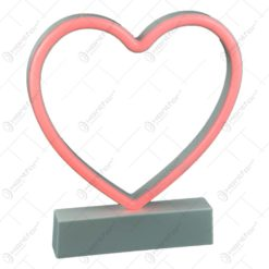 Ornament decorativ realizat din material plastic si dotat cu led - Inima (Tip 2)