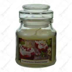 Lumanare parfumata in borcan de Craciun - Christmas Sweet