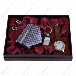 Set cadou cu 4 accesorii pentru barbati - Ceas/Cravata/Breloc/Butoni mansete
