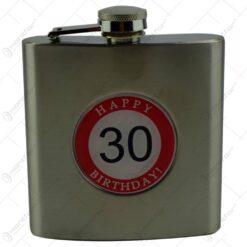 "Plosca realizata din metal decorata cu placuta - Design inscriptionat ""Happy 30 birthday"""