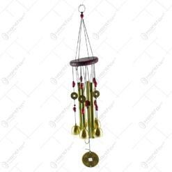 Clopotel de vant realizat din metal si lemn - Design Inimioare