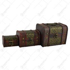 Set 3 cutii realizate din lemn. metal si material textil in forma de cufere - Design Vintage (Tip 2)
